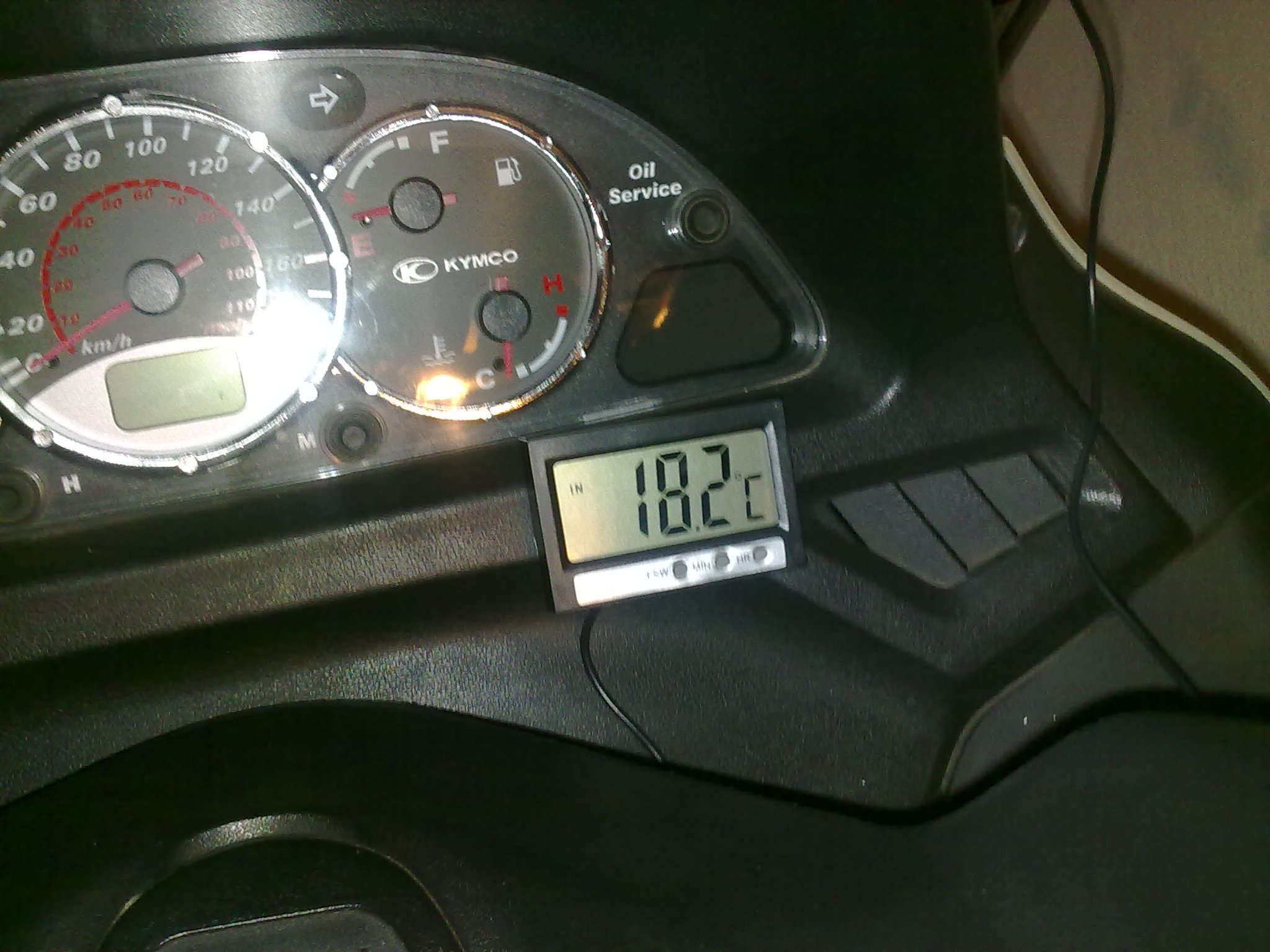 Accesorios tuning termometro exterior bajo la cupula - Termometro interior exterior ...